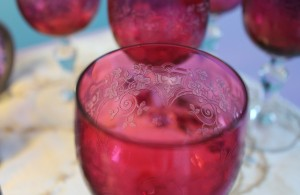 Unknown Red Shamrock Glasses (2)
